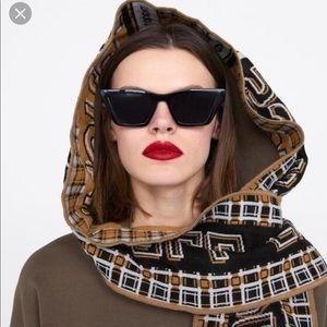 Zara hoodie with scarf medium